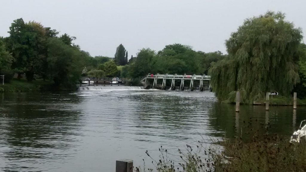 Thames 1.jpg